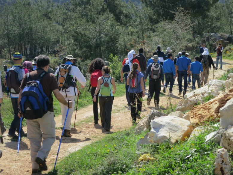 150 hikers are walking through Lebanon to promote new hunting regulations and raise awareness of the importance of bird conservation.