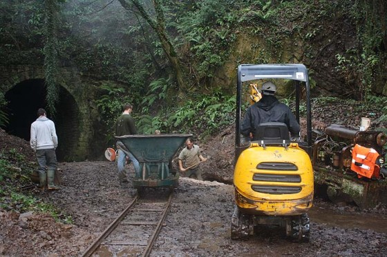 Cutting outside tunnel