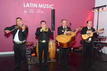 Mariachis playing music