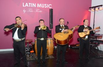 Mariachis playing music
