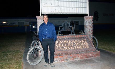 Gubernatorial Candidate Rides Through County