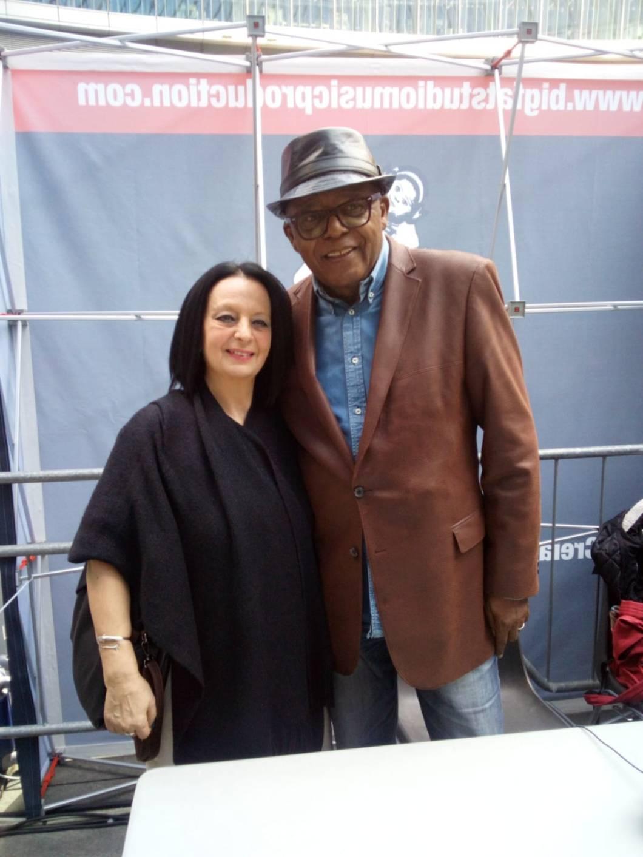 Con Ronnie Jones