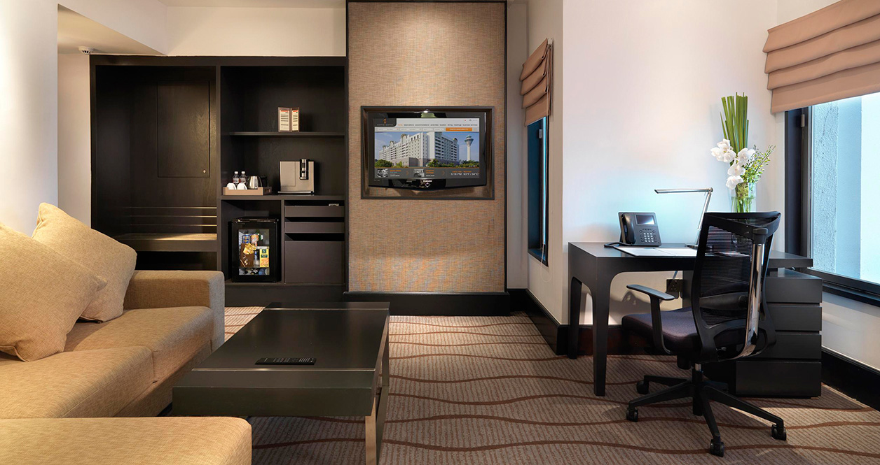hotel with living room pictures of colors for walls sama lcct com my premier superior suite