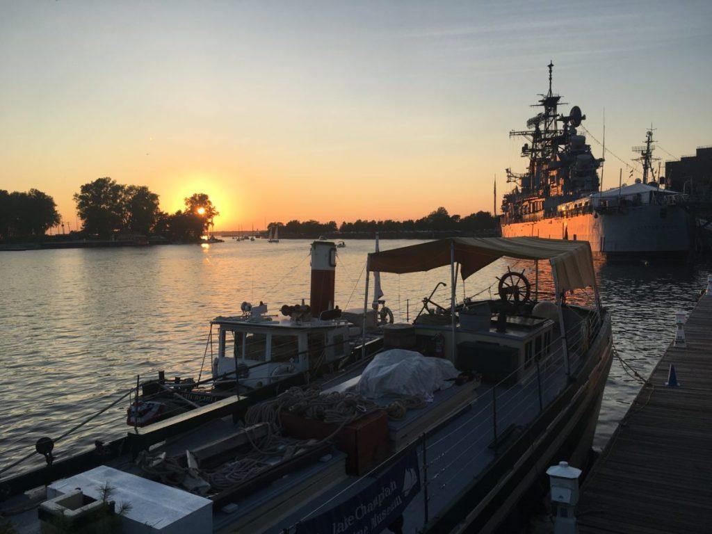Image of sunset in Buffalo, NY