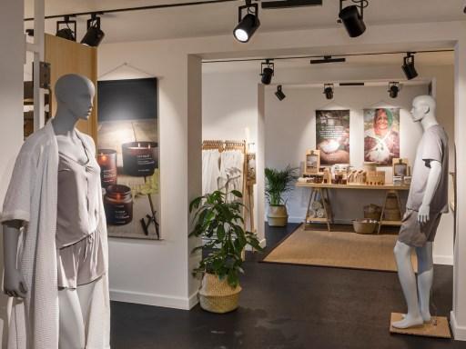 Primark opens first pop-up shop