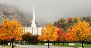 15 Beautiful Photos of LDS Temples in Autumn