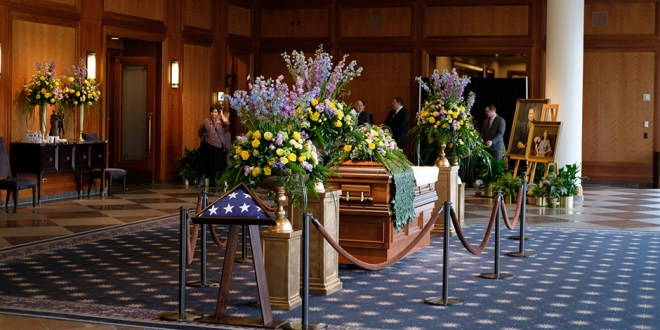 President Monson's Viewing Attended by Thousands