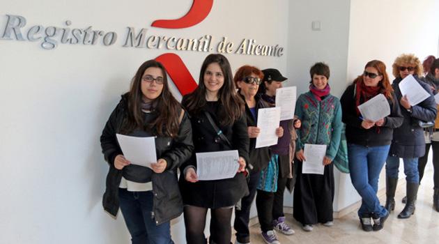 les-femmes-espagnoles-enregistrent-leur-corps-comme-propriete-mobiliere