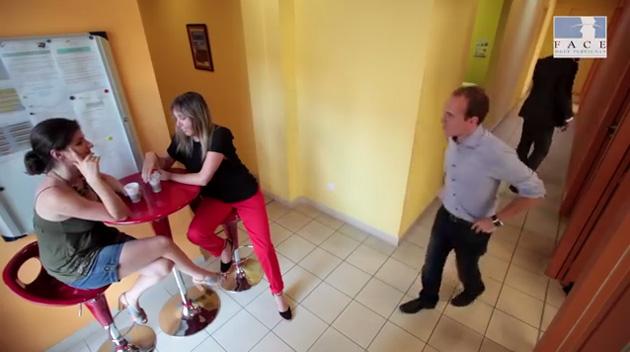 scenes-de-travail-court-metrage-sur-le-traitement-de-la-question-de-lorientation-sexuelle-en-entreprise