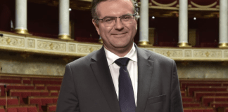 romain-grau-a-la-session-du-conseil-departemental