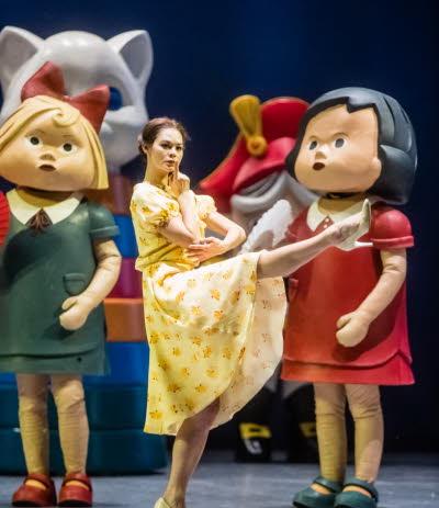 projection-sur-grand-ecran-du-ballet-casse-noisette-de-tchaikovski-au-cine-theatre-le-vauban-le-21-octobre