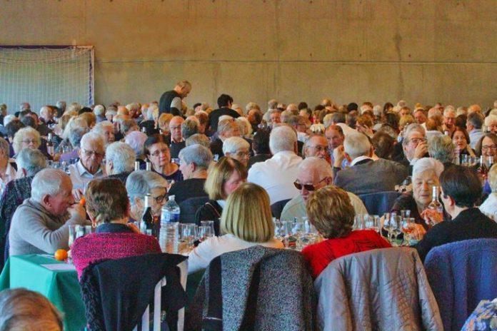 les-aines-de-la-ville-du-soler-reunis-pour-le-traditionnel-repas-de-fin-dannee-offert-par-la-municipalite2