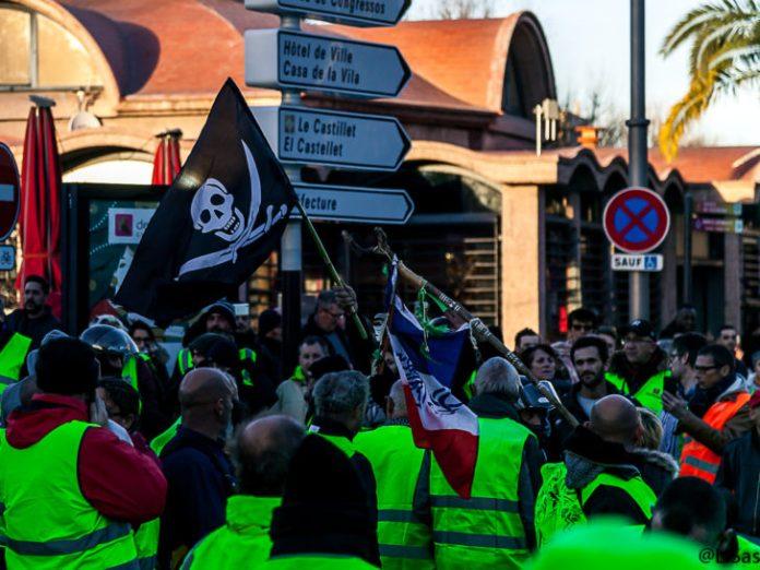 2000 manifestants et motards en gilets jaunes Tribunal Perpignan Le Journal Catalan