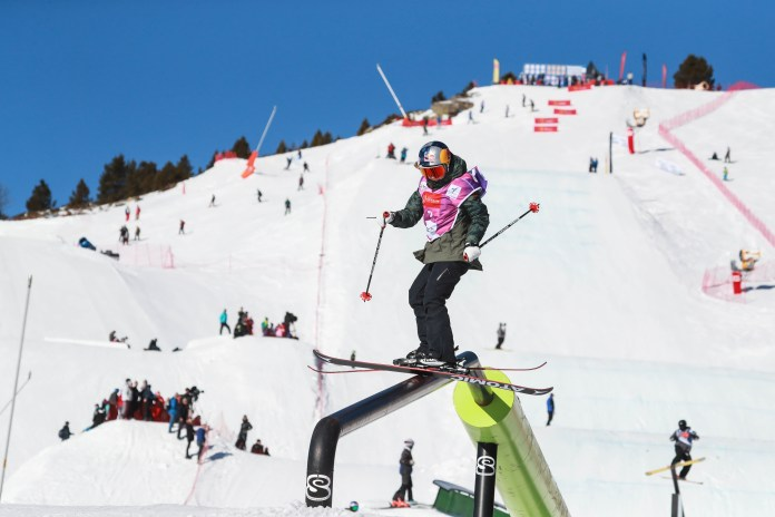 coupe-du-monde-fis-de-ski-slopestyle-a-font-romeu-les-qualifications-decalees-a-vendredi