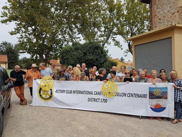 Opération Vendanges Solidaires avec le Rotary de Canet : remise hier du premier chèque au profit d'un enfant canétois autiste