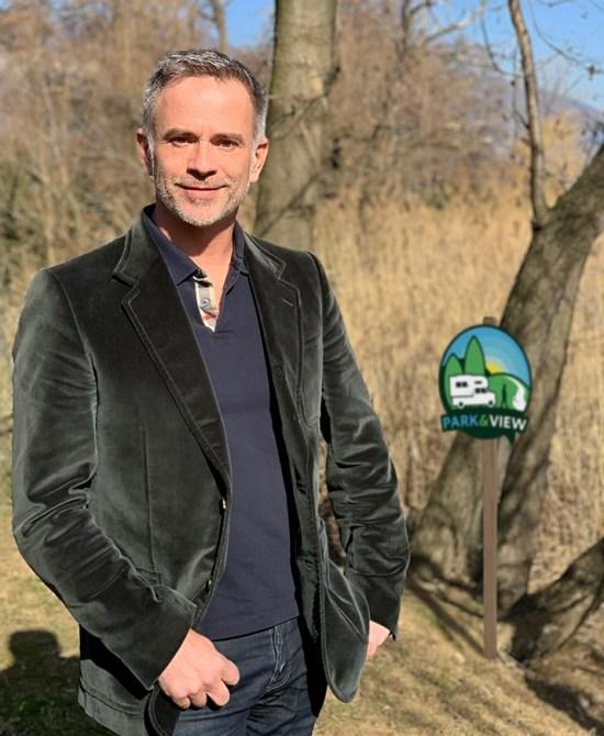 Campez en terrains agricoles avec Park and View
