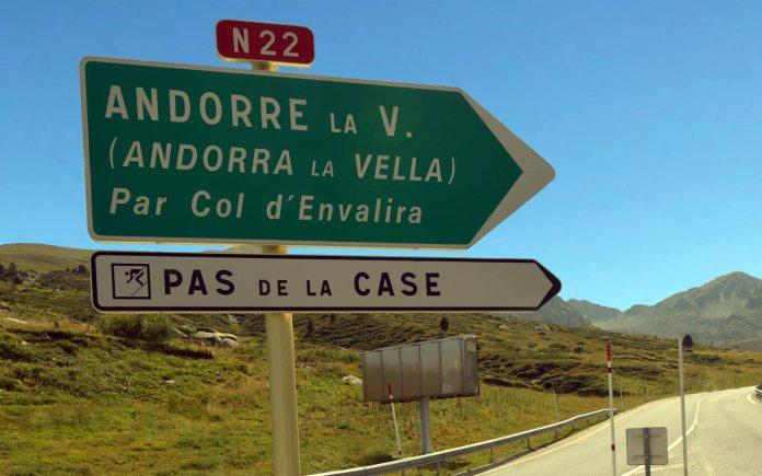 Achats de cigarettes : le régime des franchises à l'importation avec la principauté d'Andorre