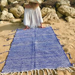 https www le petit souk dhanna com la deco by hanna 34 tapis bord de mer bleu marine html