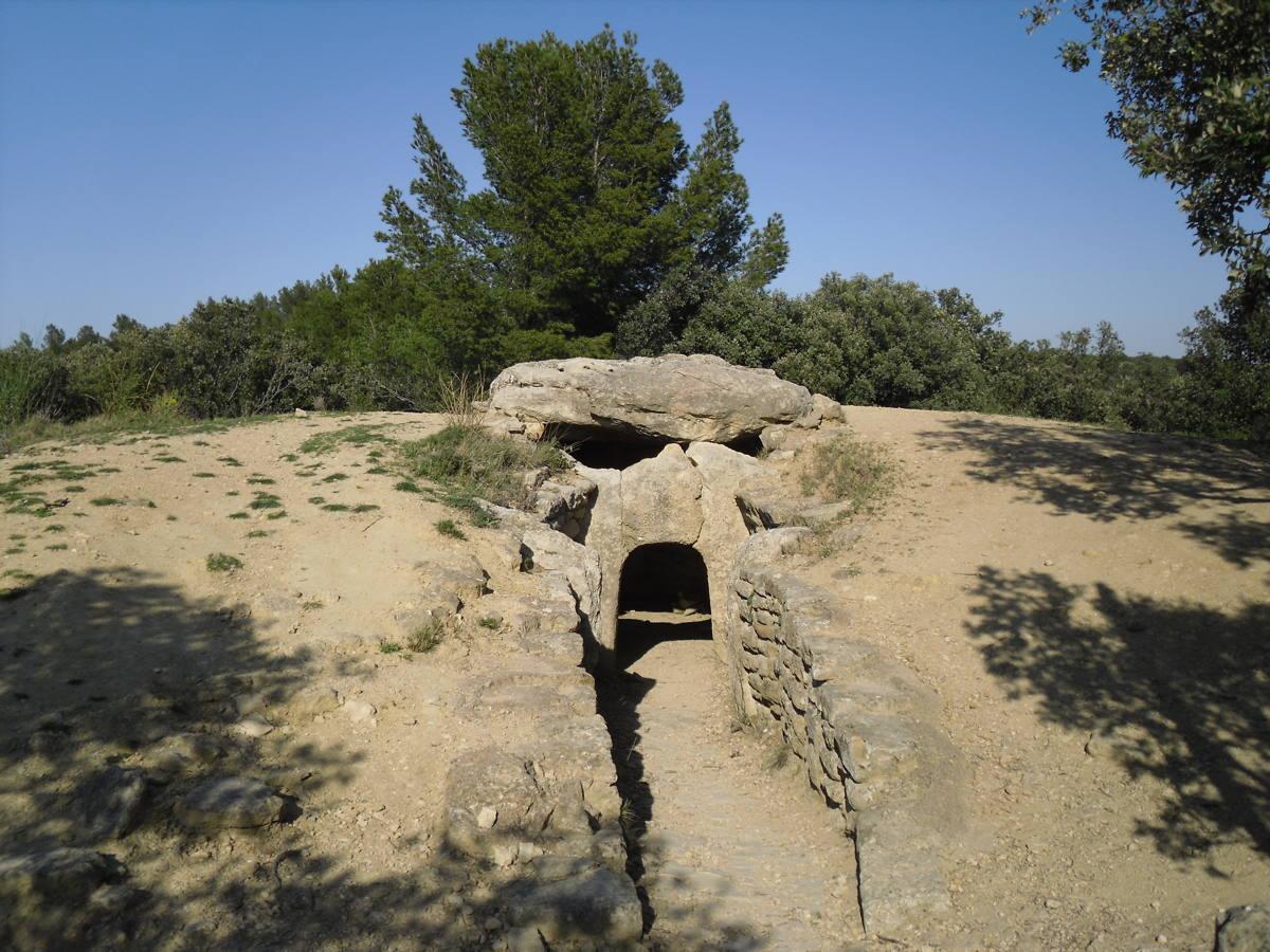 Le dolmen  Le Pouget