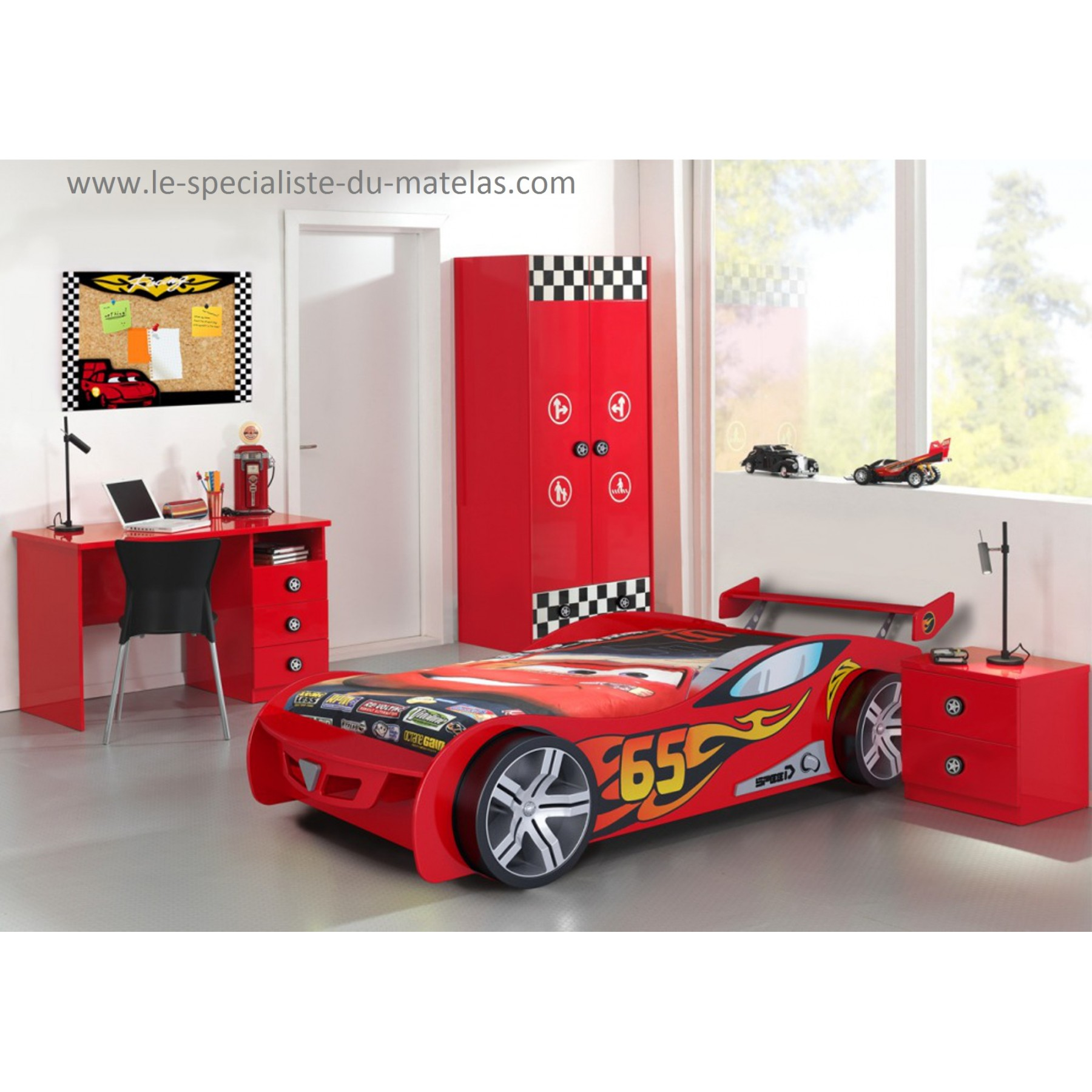 lit voiture de course