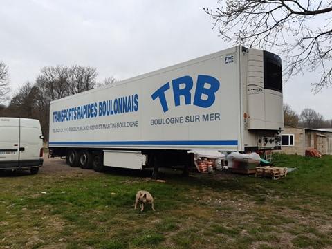 115DP-02/04/2020-Livraison d'une caisse semi frigo livrée par Michel Malherbe-3