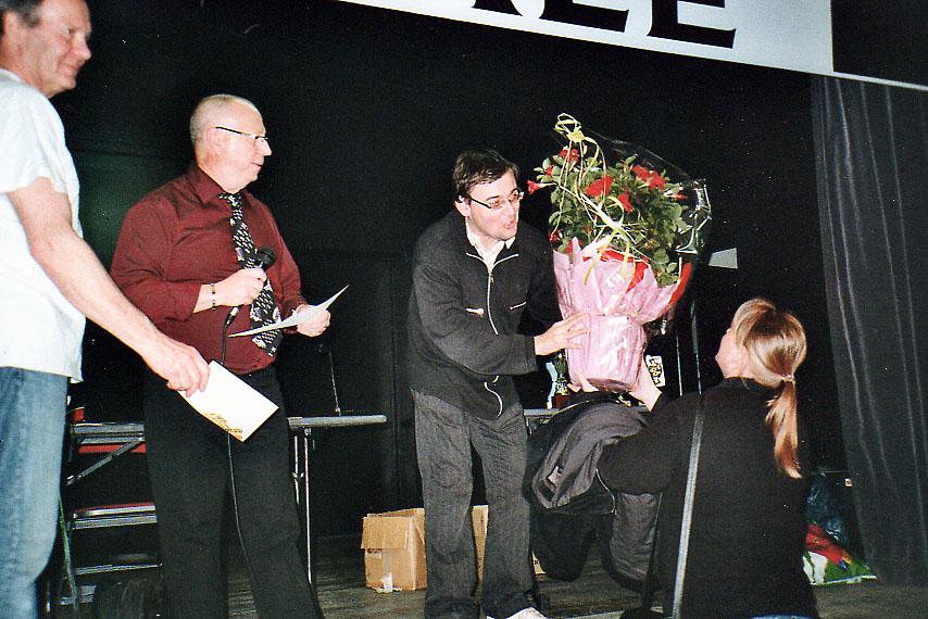 2007-04-01
