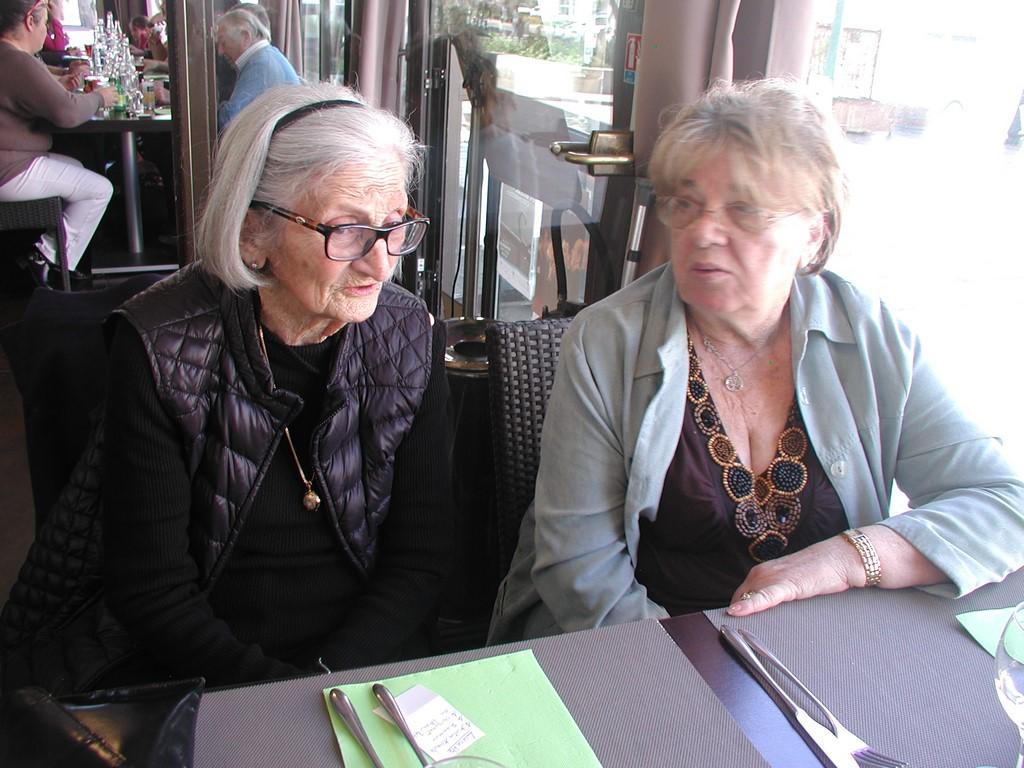 Lucette et Marie-Thérèse