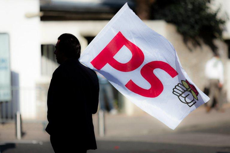 Qui de Valls ou Hamon, prendra la tête du PS ? Comparez les points clés des programmes./CC Anth Optic
