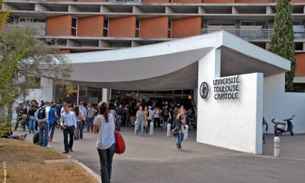 Hausse des inscriptions à l'université : un calvaire pour les étudiants, une aubaine pour l'économie