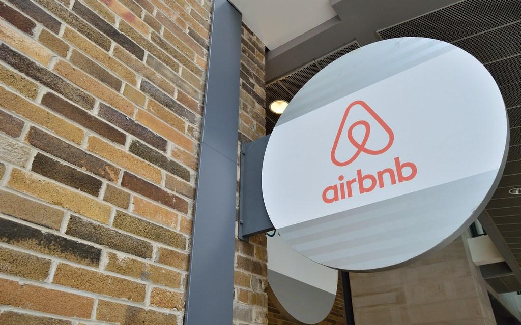 Les logeurs Airbnb toulousains vont devoir se faire connaître en mairie