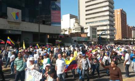 Venezuela : Juan Guaidó appelle à manifester