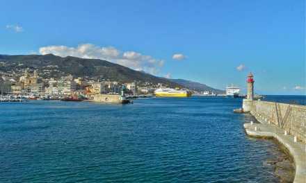 Corse : à Bastia, un homme tire et fait au moins un mort