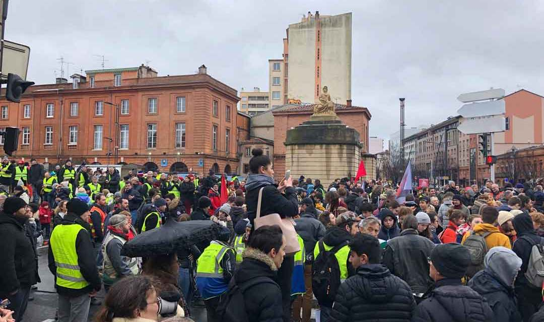 Grève générale du 5 février : une manifestation pacifique