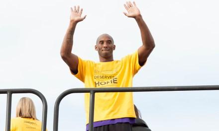 Kobe Bryant : les hommages se multiplient