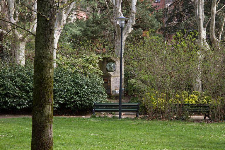 Le jardin de Compans Caffarelli est fermé comme plusieurs autres à Toulouse. Crédit: CC BY 3.0 de Caroline Lena Becker