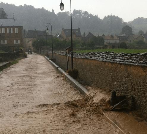 Rainwater run-off gushing though a vineyard wall - La Grele - Lea and Sandeman