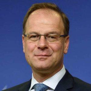 Tibor Navracsics commissaire europeen UE