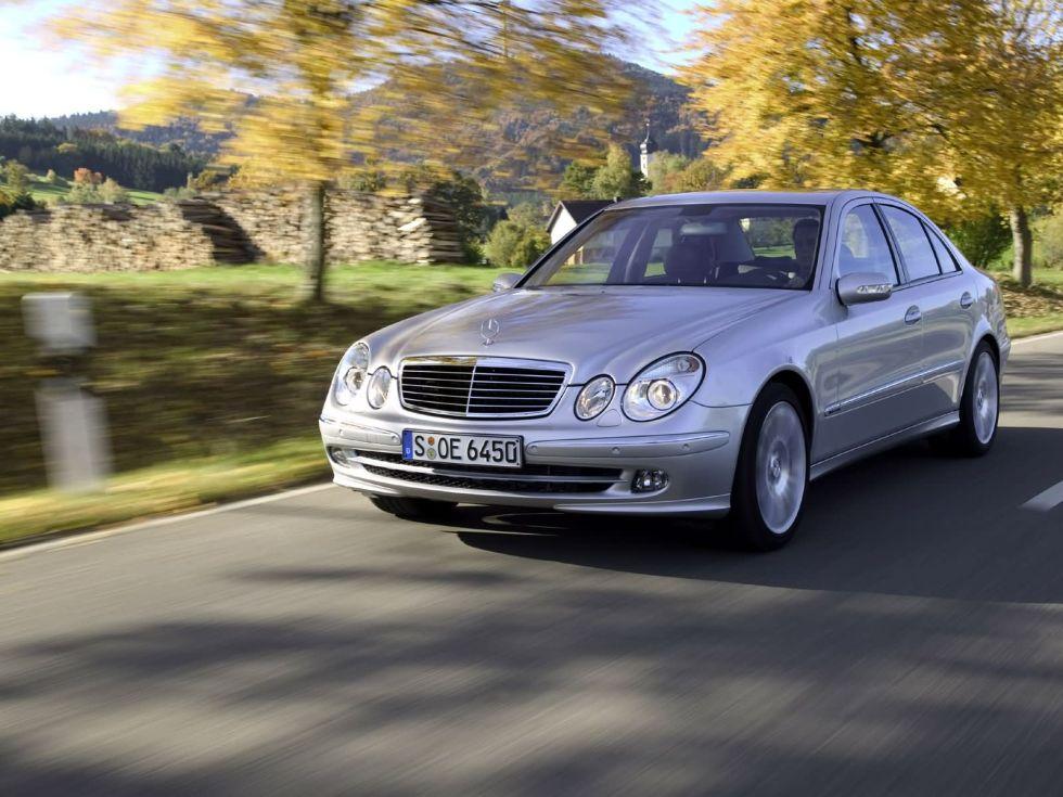 Mercedes_Benz-E_Class_W211_mp35_pic_17107
