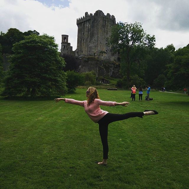 The obligatory arabesque in front of a major tourist attraction.