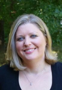 Laura Heffernan interview | leahdecesare.com