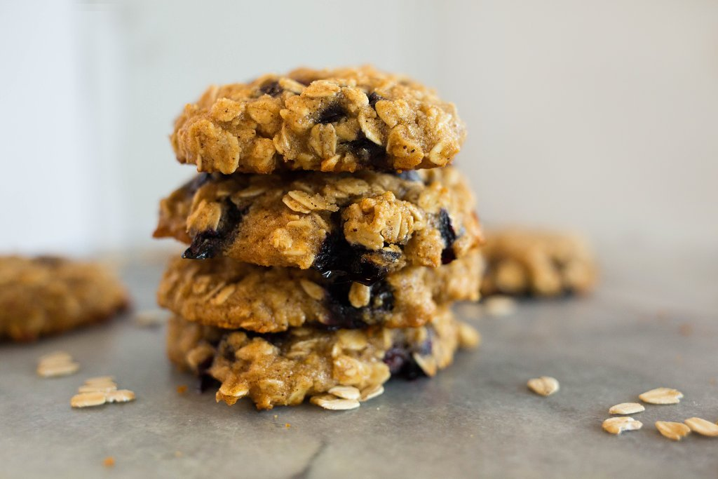 Blueberry Oatmeal Cookies2 1024x683 - Blueberry Honey Oat Breakfast Cookies (Gluten-Free)
