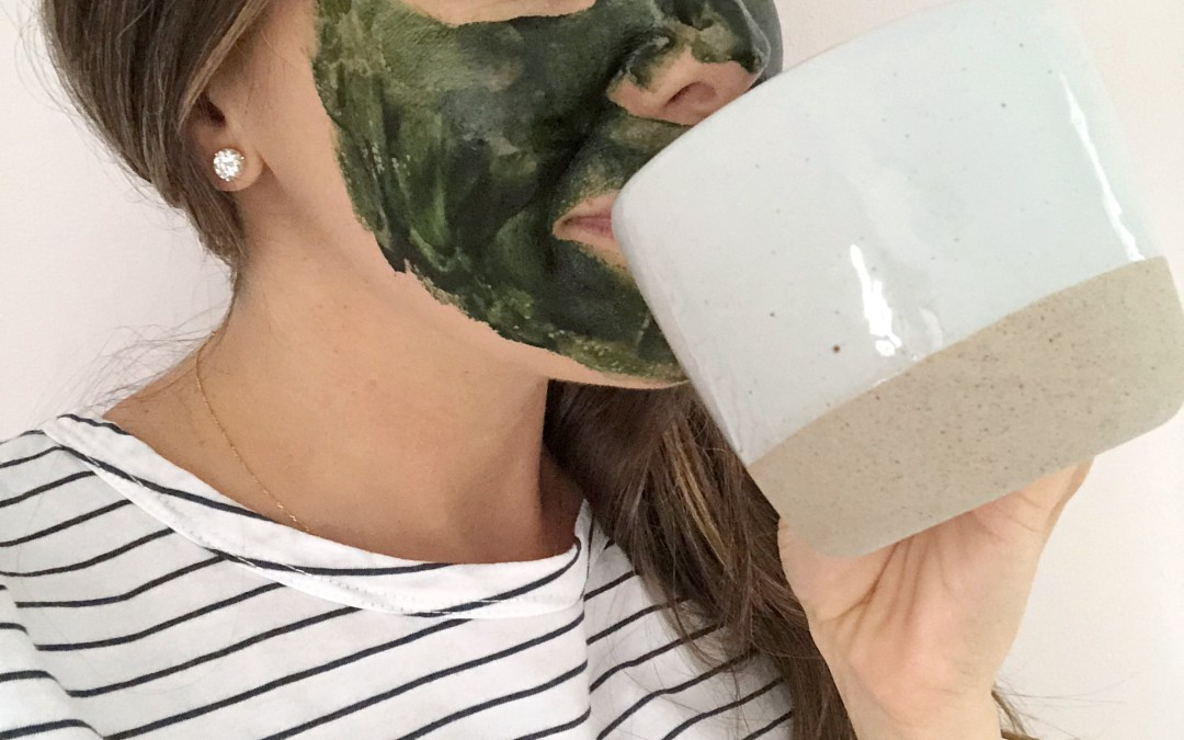 Skin-Brightening Probiotic Yogurt, Honey & Spirulina Face Mask