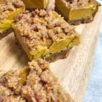 Paleo Pumpkin Pie Crumble Bars