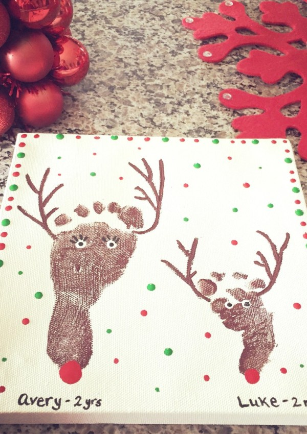 10 Christmas Footprint Art Ideas