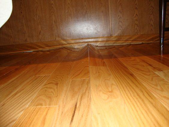laminate floor buckling: