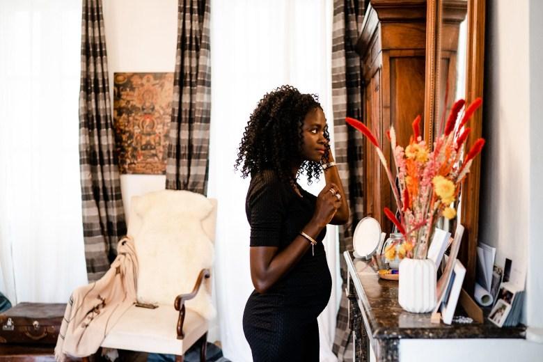 photo de femme africaine enceinte