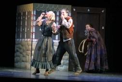 Leandra Ramm picture, plays in Hansel und Gretel Sarasota Opera Apprentice Scenes Take Three
