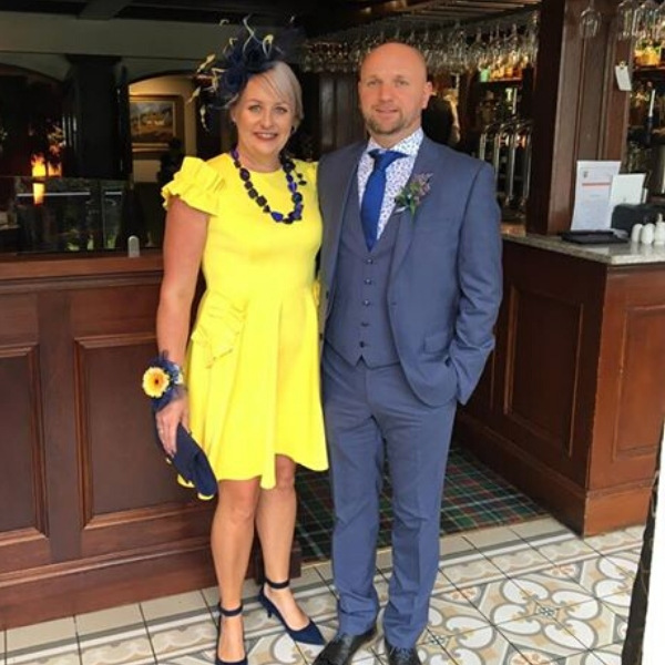 Navy and lemon fascinator made to order in crinoline. Wedding Guest, day at the races.