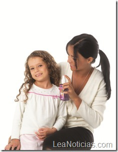 imagen niña y madre