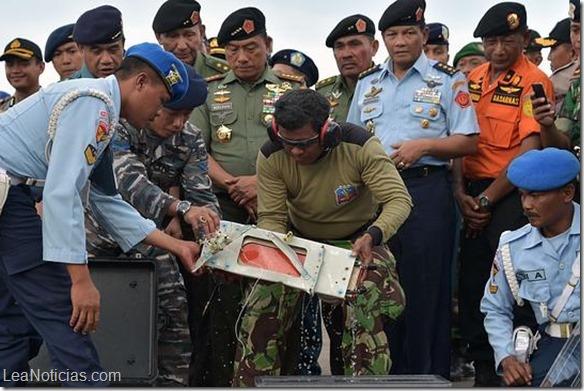 TOPSHOTS-INDONESIA-SINGAPORE-MALAYSIA-AVIATION-AIRASIA